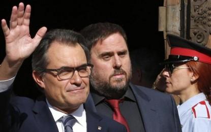 """Manos Limpia se querellará contra Artur Mas por """"prevaricación"""" y pide por 10ª vez  a Rajoy aplicar el artículo 155"""
