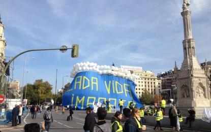 A punto de empezar a mayor manifestación por la vida, la mujer y la maternidad en la capital de España