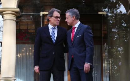 """Mas y su aliado vasco, Urkullu, coinciden en la """"apelación del voto como mecanismo"""" para destruir España"""