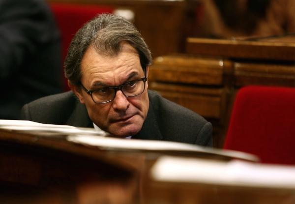 """36 ayuntamientos catalanes denuncian Artur Mas ante el TSJC por """"impago"""" a guarderías infantiles catalanes"""