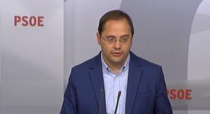 César Luena; el secretario de Organización del PSOE, esta mañana en rueda de prensa