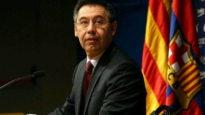 el separatista excluyente presidente de FC Barcelona Bartomeu y  directivos dimiten