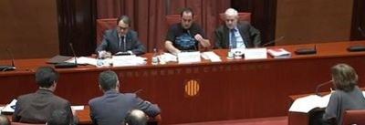 David Fernández, presidiendo la comisión de investigación sobre el fraude fiscal, ayer en el Parlamento catalán