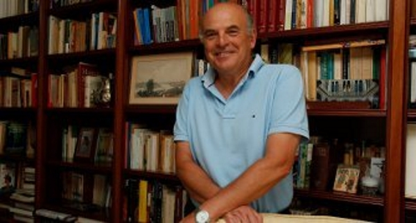 "Rafael  Sánchez Saus, candidato VOX Sevilla, asegura: ""Villalobos desangra al Partido Popular"""