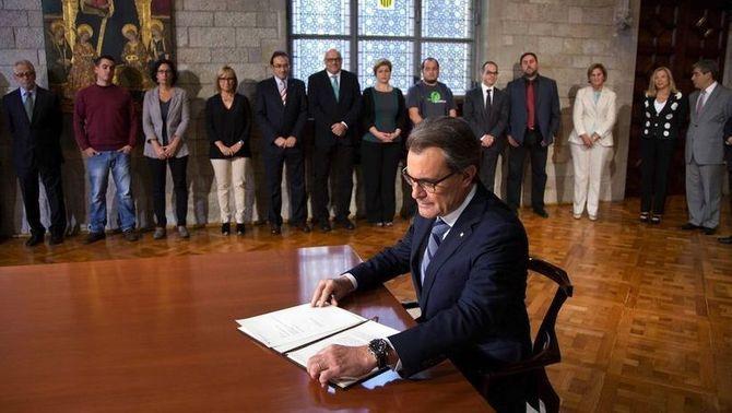 """UPyD Cataluña celebra la sentencia del TC sobre el 9-N y denuncia """"la complicidad de Rajoy, socio de CIU"""""""