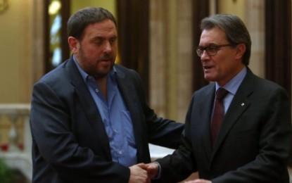 """CIU y ERC empiezan a elaborar """"planes de contingencia"""" para prever la desvinculación de Cataluña con España"""