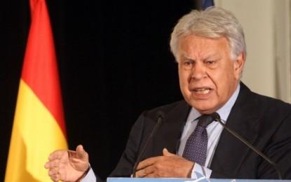 Felipe González suspende el viaje a Caracas hasta la nueva fecha de la vista oral a los opositores