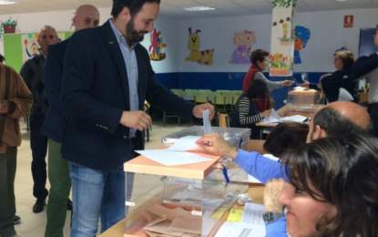 """VOX anima a votar """"sin miedo a otros"""" y confirma que pedirá un recuento de los votos"""