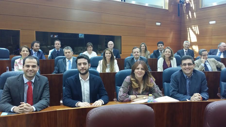 C's Madrid permite la investidura de Cifuentes «a cambio del cumplimiento de 76 de sus propuestas»