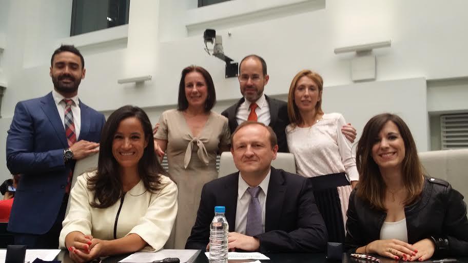 Villacís (C's) pedirá el cese del concejal de Cultura de 'Ahora Madrid': Guillermo Zapata por sus polémicos Twits