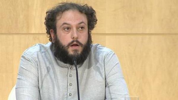 """Guillermo Zapata de 'Ahora Madrid' deja la concejalía de Cultura para no """"condicionar"""" a Carmena"""