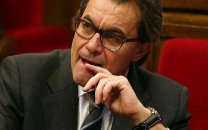 El TSJC pide a Artur Mas todos los detalles técnicos sobre el golpe del 9-N que incluyen: pagos, colegios electorales, instrucciones, oficios…