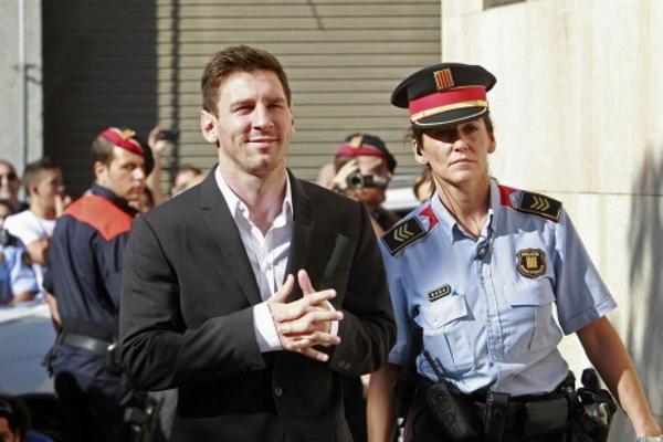 La Audiencia mantiene imputado al presunto delincuente Lionel Messi por fraude fiscal de 4,1 millones