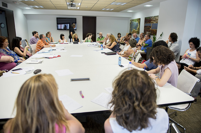 Podemos se reúne con profesionales de educación para elaborar su programa Educativo de las Generales