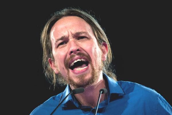 La extrema izquierda podemita Podemos abre hoy la consulta a las bases sobre el pacto C's-PSOE