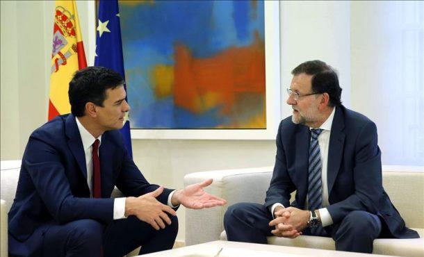 Rajoy y Sánchez debaten hoy ante un 20D que amenaza al bipartidismo