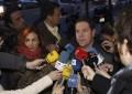 Los barones apoyan que el PSOE forme gobierno si Podemos renuncia al referéndum