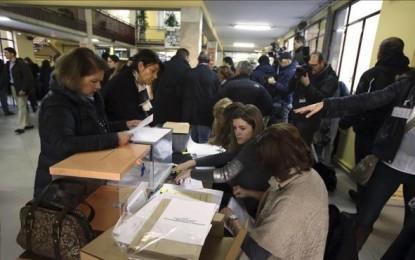 Los colegios electorales abren sus puertas a más de 36,5 millones de votantes del 20D español