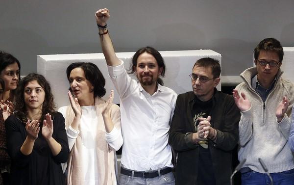 """Vídeo- Desmontan """"el truco"""" de """"Podemos"""" al """"PSOE"""" sobre """"el referéndum"""" chavista """"en 1998"""""""