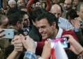 """Sánchez: Mariano Rajoy """"anda enfadado"""" porque """"la verdad duele"""", Rajoy """"no es decente"""""""