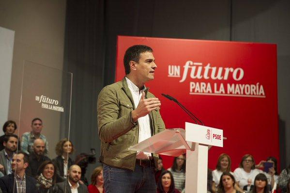 """El PSOE acusa al PP de manipular la encuesta del CIS y pide """"una lección"""" en las urnas del 20D"""