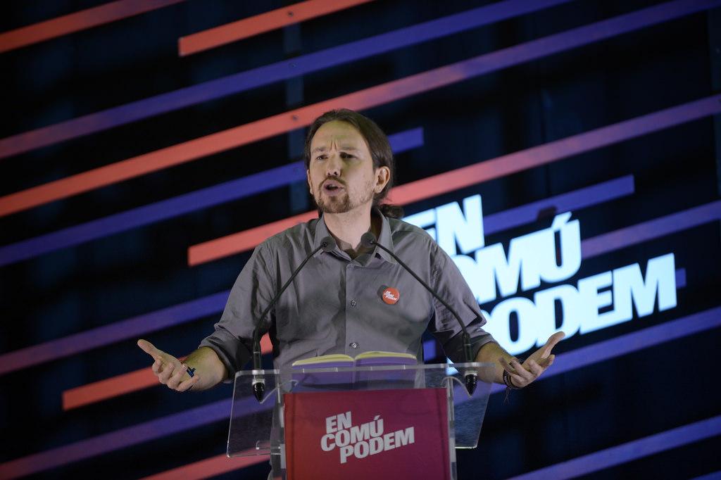 Pablo Iglesias promete en Cataluña un referéndum de autodeterminación si gana el 20-D
