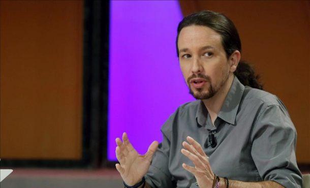 Rajoy recibirá a Pablo Iglesias el lunes para estudiar un pacto de Gobierno PP-Podemos