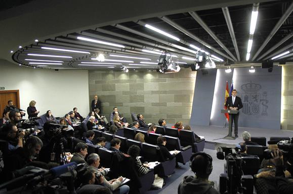 El presidente del Gobierno, Mariano Rajoy, durante su intervención en la rueda de prensa posterior al Consejo de Ministros. lasvocesdelpueblo