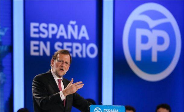 """Rajoy desesperado en su pueblo en Pontevedra: """"A veces, de la dificultad surgen oportunidades"""""""