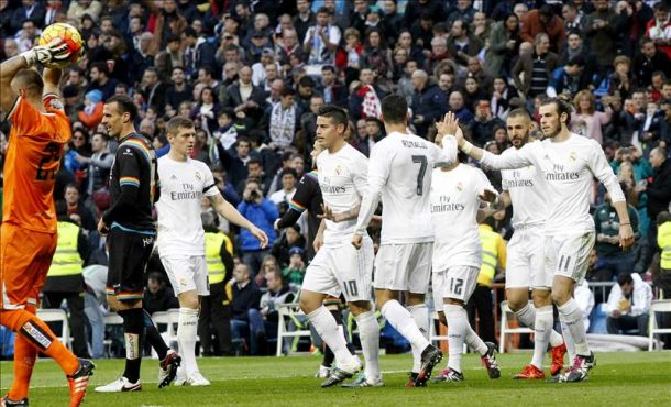 El Real Madrid golea entre la inestabilidad y las turbulencias 10-2