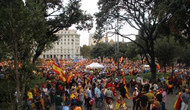 España y Catalanes: Todo esta listo para una gran movilización mañana 6-D en Barcelona