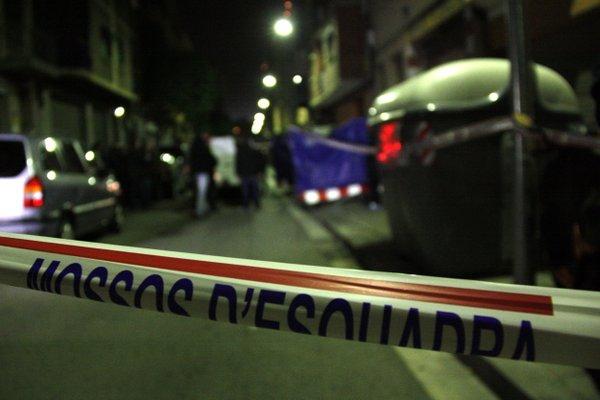 Hallado muerto un bebé recién nacido con cordón umbilical en un contenedor en Cataluña