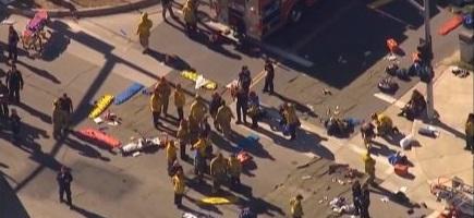 """Tiroteo masivo San Bernardino (Los Ángeles) causa al menos """"20 víctimas"""" y varios heridos"""