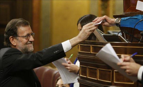 El jefe del Ejecutivo en funciones, Mariano Rajoy, vota para la elección del presidente del Congreso de los Diputados. Efe