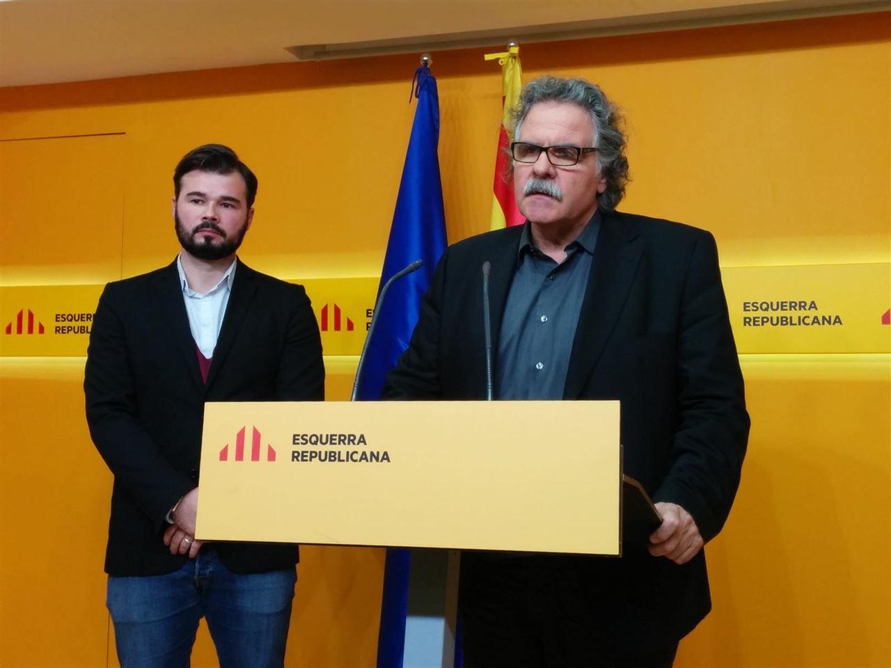 Los separatistas ERC animan a Podemos a no rendirse ante el PSOE con un referéndum en Cataluña