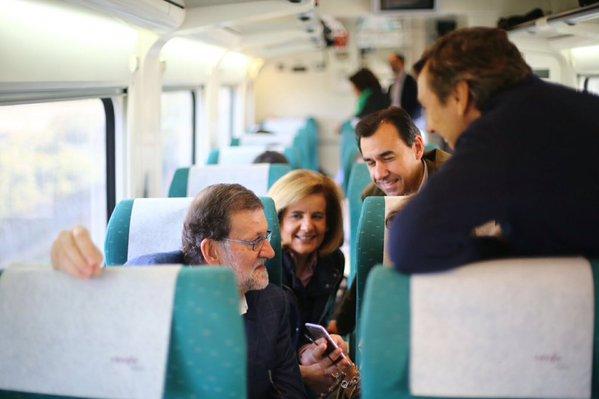 """Rajoy: El gobierno de Pedro Sánchez """"será a las órdenes de Podemos y humillado"""""""