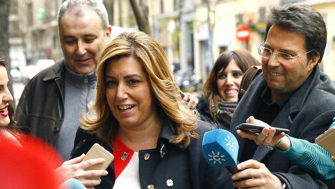 Susana Díaz: Parece que en su partido a Rajoy lo quieren sacar a empujones