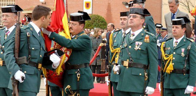 """El Gobierno """"apoya"""" a la Guardia Civil, """"defensores de libertades"""", ante querella de Puigdemont"""