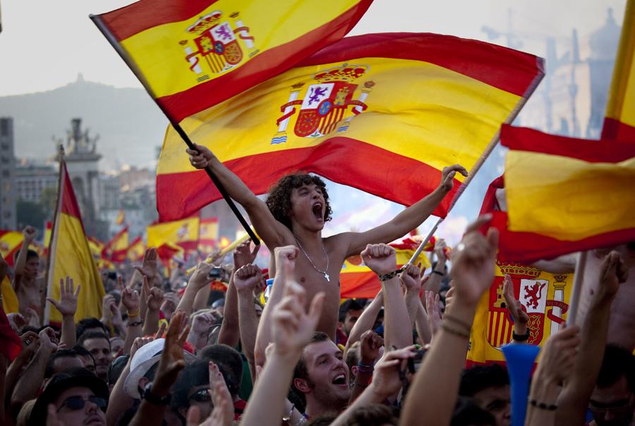 """Semana decisiva contra el separatismo en Pl. de España de Barcelona: """"Tenemos fe y razón"""""""