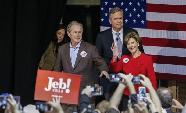 George W. Bush hace campaña por su hermano Jeb Bush con ataques velados a Donald Trump