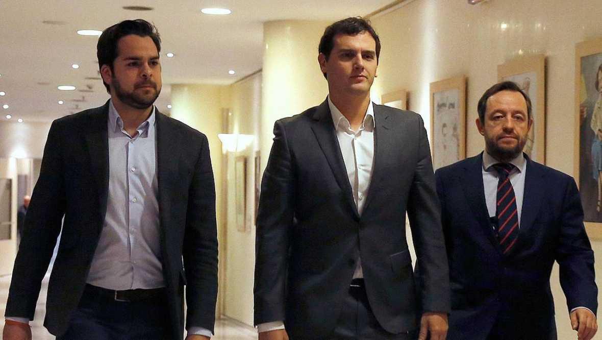 El PSOE asegura que el acuerdo con C's incluye el voto a favor de la investidura de Sánchez