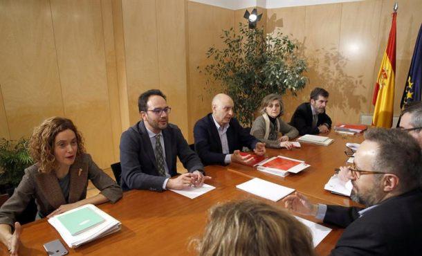Las ejecutivas de C's y PSOE se reúnen hoy para ratificar el acuerdo del futuro Gobierno de España