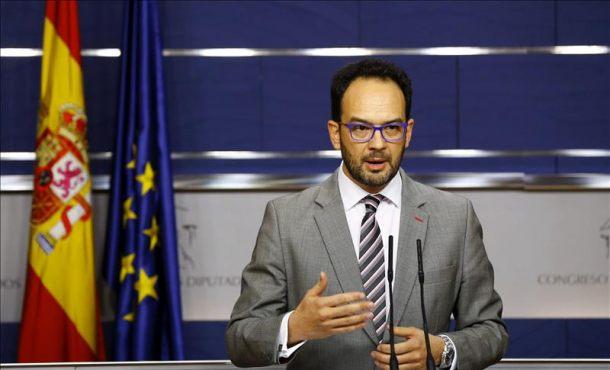 PSOE pide a Rajoy que respete el tiempo constitucional de Sánchez para tratar de formar gobierno