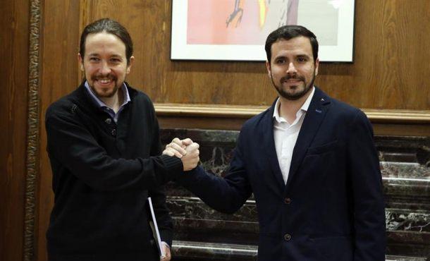 """Pablo Iglesias da el sí a la propuesta de Garzón de negociar """"a cuatro"""""""