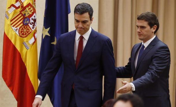 Los militantes del PSOE se pronuncian hoy en las urnas sobre el pacto con Ciudadanos (C's)
