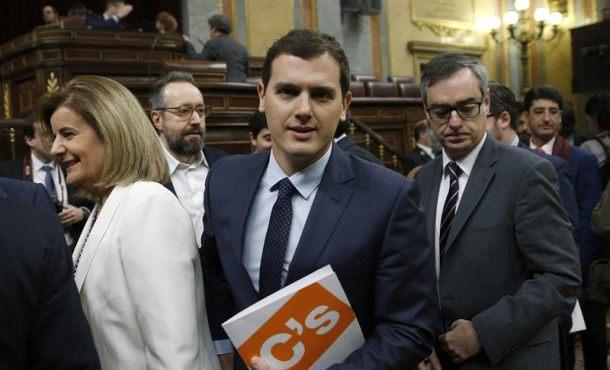 """Rivera: """"Si Podemos sigue igual y el PP no quiere ponerse a trabajar habrá elecciones anticipadas"""""""