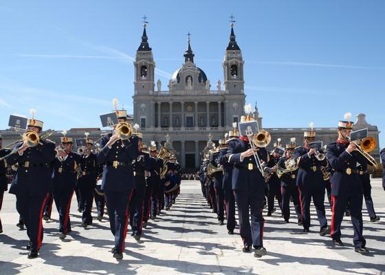 """El Ejercito español ofrece mañana en Barcelona un concierto a """"dos bandas"""" en el Auditori AXA"""