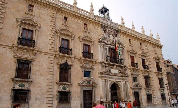 La UDEF registra el Ayuntamiento de Granada en una operación contra la corrupción urbanística
