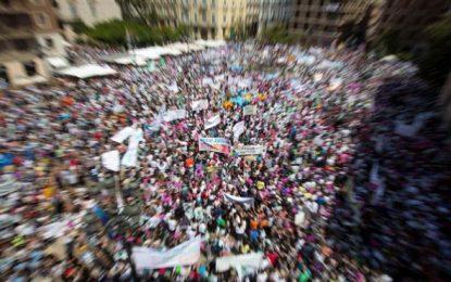 40.000 Familias y docentes piden la dimisión del consejero Vicent Marzà de Compromís