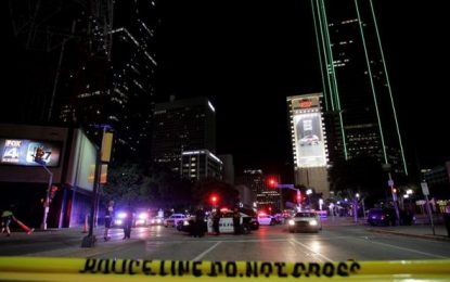 3 detenidos por conspirar para bombardear una mezquita y complejo de islamistas en Kansas (EE.UU)